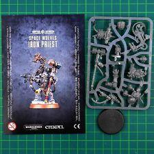 Space Wolves Iron Priest (53-19) 12732 Warhammer 40.000 Games Workshop