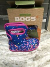 Bogs Outdoor Boots Girls Baby Rainbows Waterproof Insulated Size 9 New Box