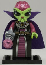 New LEGO 8833 Series 8 Collectible Minifigure - Alien Villainess
