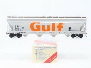 O Scale 2-Rail Weaver 1533 SHPX Gulf Oil 4-Bay ACF Covered Hopper #54382