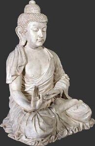 Enchanting Buddah Statue