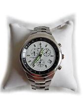Sportlich elegante Armbanduhr von Dunlop