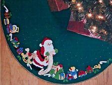 """Bucilla """"SANTA'S LIST"""" Felt Tree Skirt Kit New Gingerbread Cookies OOP 84857"""