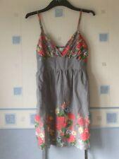 new LADIES PRETTY SHORT SUN DRESS SIZE 10 GREY FLORAL  *MISO*