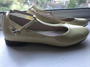 Ladies Clarks Narrative Yellow Patent Shoes Size 5 T-bar Fastening