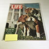 VTG Life Magazine June 9 1964 - President Lyndon B. Johnson's Dogs on the Lawn