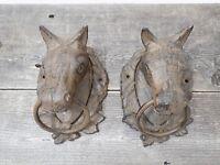 2 Large CAST IRON Horse Heads Head Ring Hitching Post Barn Holder Decor Bathroom