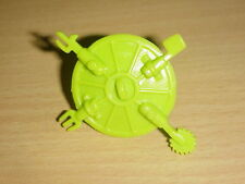 TMNT - 1989 ROCK 'N ROLL MICHEALANGELO - Accessory/Weapon - SEWER COVER SHIELD