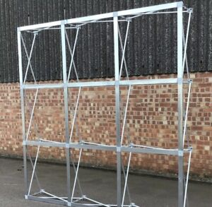 Retractable Flower Wall Frame For Sale with Carry Bag