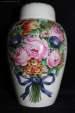 Nymphenburg-Porzellan-Vasen mit Blumen-mehrarmige