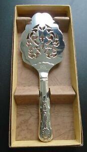 Silver plate pie or cake server Kings pattern & pierced detail  Sheffield UK