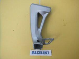 SUZUKI SV650 NAKED SV 650 LEFT PASSENGER FOOT PEG HANGER 1999 - 2002