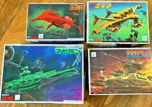 BANDAI Mecha Collection Mobile Suit Gundam Model Kits (Lot 1)