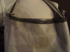 Grand sac porté main Argenté + pochette de la marque LANTADELI