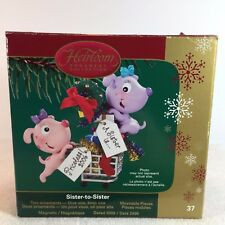 Christmas Ornament - SISTER to SISTER 2006 - Carlton Cards 37