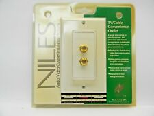NILES TV/Cable Convenience Outlet. Gold Plated Connectors. Model F-2D.