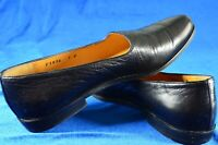 Cole Haan Size 7B Black Low Heel Loafers Made In Italy