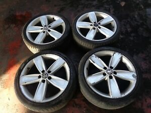 VOLKSWAGEN POLO 2009 - 2014 ALLOY WHEELS WITH WHEELS 215/40R17 6R0601025A