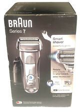 Braun Series7  Mens Electric Foil Shaver Wet/Dry + Clean & Charge Station 7898cc