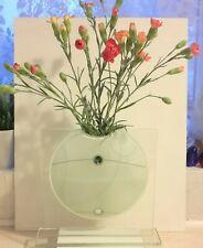 Flat Art Vase - White Circle on Glass rectangle - Contemporary design 90s?