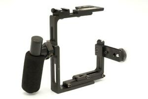 Newton 35mm Camera Flash Flip Bracket