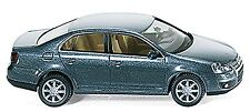 VW Volkswagen Jetta V Bora Vento Sagitar 2005-10 platino gris gris 1:87 WI 6702