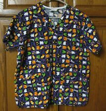 PEACHES Scrubs Top Uniform Halloween Candy Corn Pumpkins Cats Sz Small    51:P-6