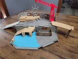 Matchbox Jurassic World Portable Playset Harbor Rescue Playset