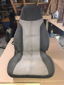 1993-2002 CHEVROLET CAMARO FRONT RIGHT PASSENGER SEAT CLOTH OEM 118521