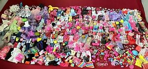 70 PCS Barbie Dolls Clothes & Accessories Outfits Swimsuit purses Shoes jewelry