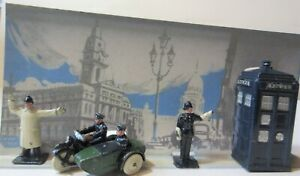 Rare Dinky Toys Police Motor Cycle Patrol Set with Point Duty Policemen