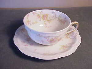 "VINTAGE HAVILAND LIMOGES FRENCH PORCELAIN ""THE PRINCESS""  LARGER COFFE CUP SET"