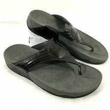 Women's FitFlop Flip Flop Sandals Patent leather Dark Gray Walkstar 3 Sz 10