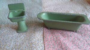 Vintage Metal Toy Bathtub And Sink