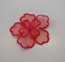 Piccolo A DOPPIO STRATO RED ORGANZA pizzo floreale APPLIQUE / pizzo Motif 5.5 x5.5 cm