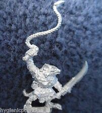 1993 Skaven Packmaster with Whip 2 Chaos Ratmen Citadel Army Beastmaster Handler