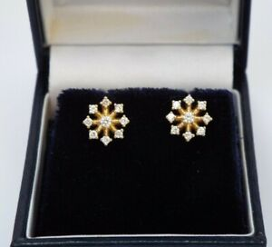 18ct Carat Gold Stud Cubic Zirconia Earrings - Hallmarked - Absolute Quality