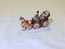 Horse Drawn Carriage OO Model Train Village 3x1in Figurine Resin
