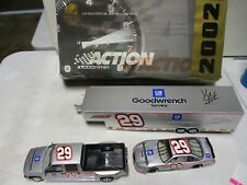2002 Action GM Goodwrench Car, Crew Cab 1/24 Signed by Kevin Harvick
