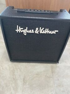 Hughes and Kettner 30-R Blue edition