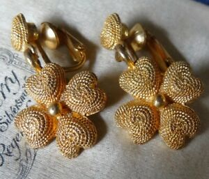 vintage heart flower textured dangle drop gold tone clip on earrings 1960s -R225