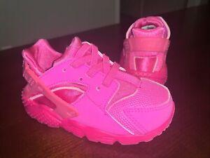 Toddler Girl's Nike Huarache Run Athletic Shoes 'Laser Fuchsia' - Size 7C