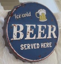 Shabby Blechschild Wandbild Kronkorken Ice Cold Beer Served Here 34x4c Retro NEU