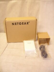 NETGEAR XET1001-100NAR - 85 Mbps Powerline Network Adapter