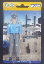 BRUDER BWORLD 60050 POLICEMAN LIGHT SKIN WITH ACCESSORIES SAVE 5% WORLDWIDE