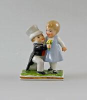 9997262 Porzellan Figur Hochzeitspaar Ens / Ernst Bohne 6x8cm