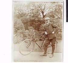 OLD CYCLING PHOTOGRAPH CYCLIST WITH BICYCLE VINTAGE 1900-10 (717)