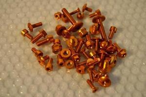 SUZUKI Schrauben ergal Gold Tankdeckel Alter <2003/ Bolzen Tank Tasse