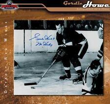 Gordie Howe Signed & Inscribed Detroit Red Wings 8 x 10 Photo -70247