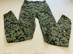 Lululemon Green Floral Woman Size CAN 2 Full length Leggings Running Gym Pants